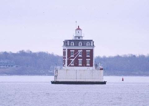 Cyberlights Lighthouses - New London Ledge Lighthouse