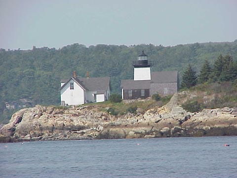 Cyberlights Lighthouses - Indian Island Lighthouse