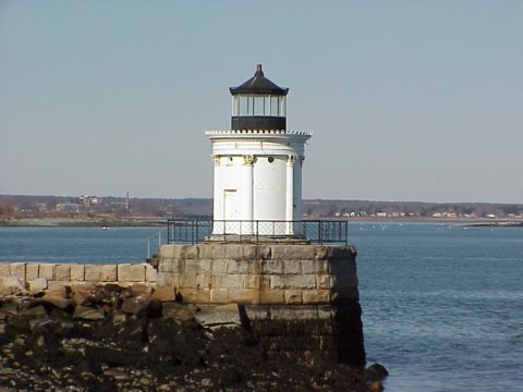 Cyberlights Lighthouses - Portland Breakwater Lighthouse