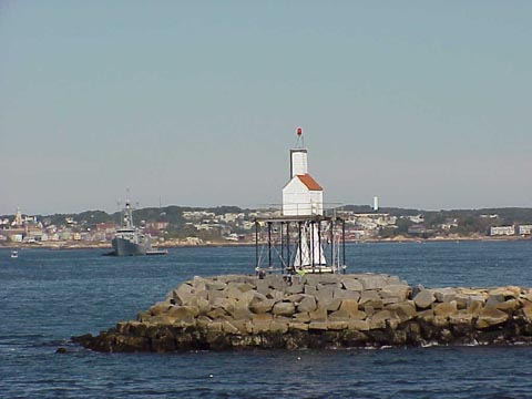 Cyberlights Lighthouses - Gloucester Breakwater Lighthouse