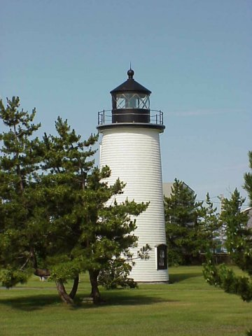 Cyberlights Lighthouses - Plum Island Lighthouse