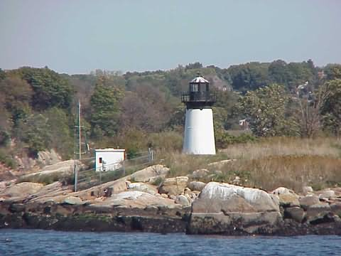 Cyberlights Lighthouses - Ten Pound Island Lighthouse