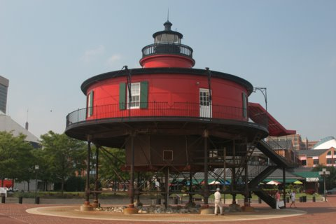 Cyberlights Lighthouses - Seven Foot Knoll Lighthouse