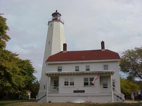 Cyberlights Lighthouses - Sandy Hook Lighthouse