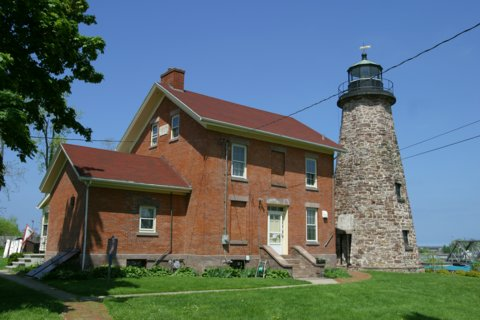Cyberlights Lighthouses - Charlotte-Genesee Lighthouse