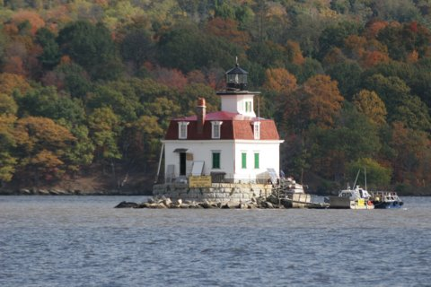 Cyberlights Lighthouses - Esopus Meadows Lighthouse