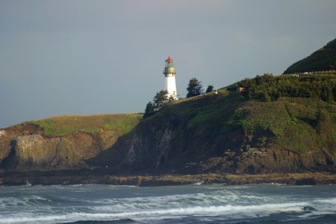 Cyberlights Lighthouses - Yaquina Head Lighthouse