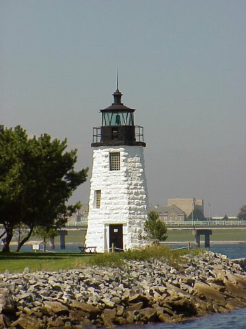 Cyberlights Lighthouses - Newport Harbor Lighthouse